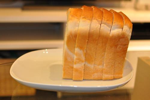 セブンイレブン - 金の食パン_007