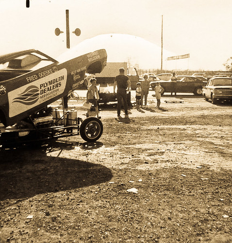 Fred Goeske in the pits at detroit Dragway