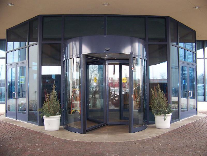 ka023 карусельная дверь гостнница
