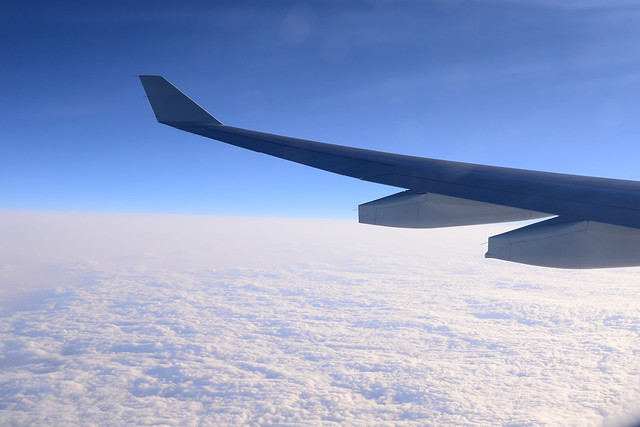 Over the flight / 飛行中