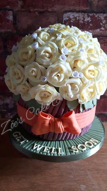 Cake by Zöe Davey of Zoe's Cake Emporium