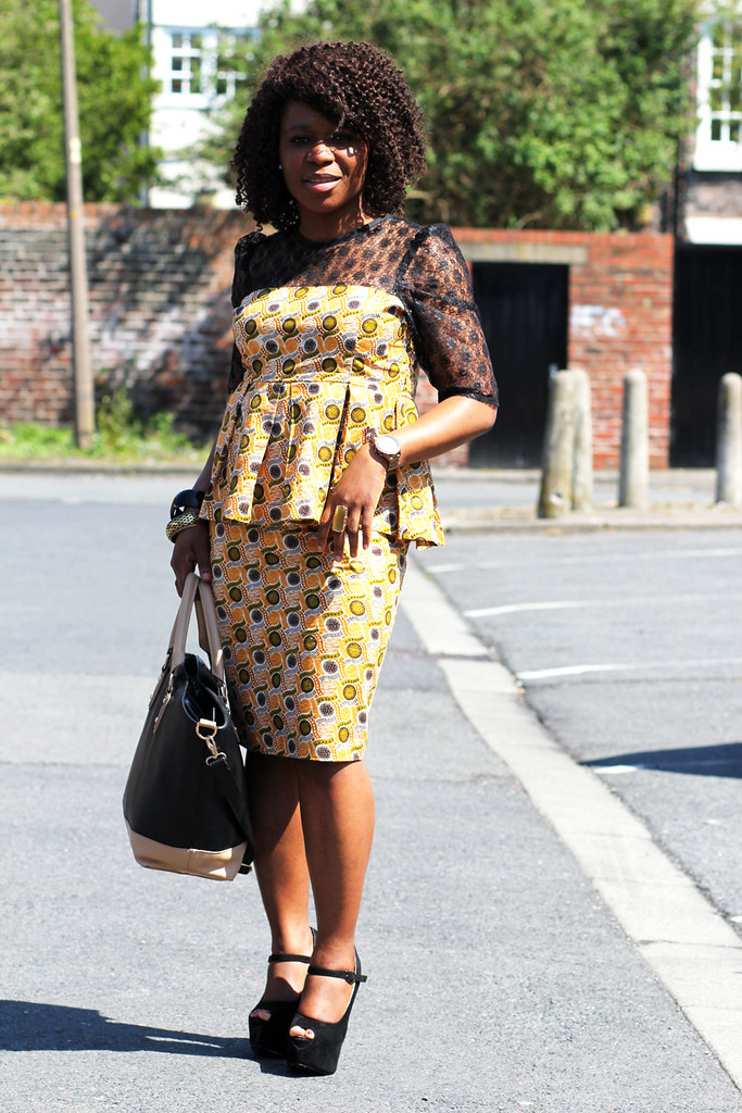 kitnge mixed with lace, ankara mixed with lace, ankara print top with matching skirt, kitenge top with matching top