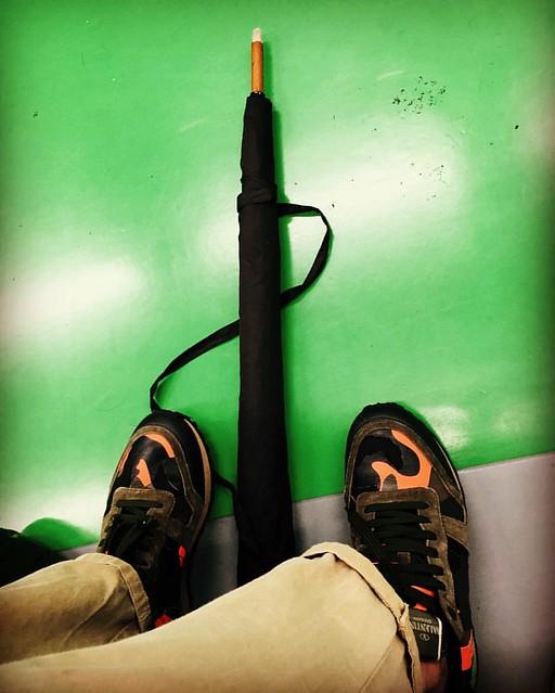 Umbrella loaded ����, Sir!   #military #armylook #army #shoes #valentino #roma #running #garavani #camouflage #카모 #tocheck #timbrocaldo #subway #지하철 #metro #seul