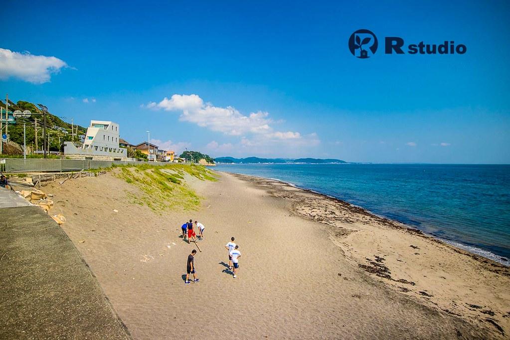 七里ガ浜の海:約300m