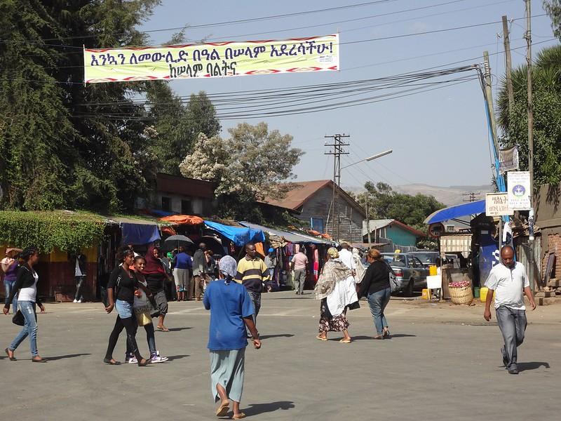 Ruas de Adis Abeba na Etiopia