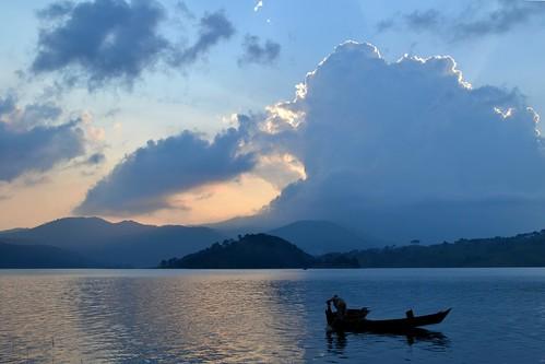 sunset boat shillong meghalaya umiamlake