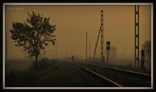 camera morning up canon walking person photography golden early is alone view indian trains hobby powershot delight passion local railways glance railfan nitin pradesh uttar bhardwaj railfanning irfca sx130 flickrhavemind indiarailinfo dasna 3railfans