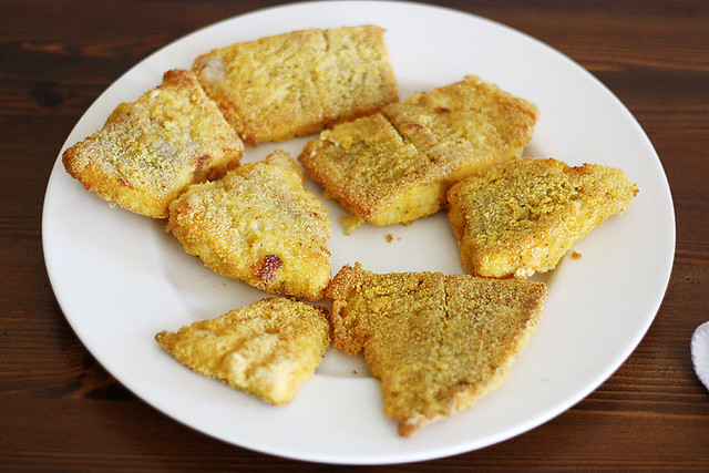 cornmeal-crusted baked catfish