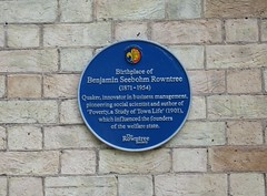 Photo of Benjamin Seebohm Rowntree blue plaque