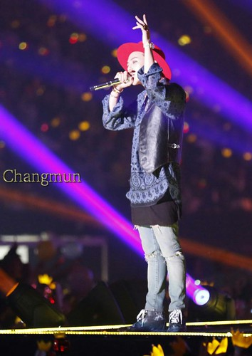 G-Dragon - Tokyo Girls Collection - 28feb2015 - ChangmunT - 02