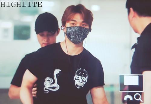 BIGBANG arrival Seoul from Macao 2016-09-05 (12)