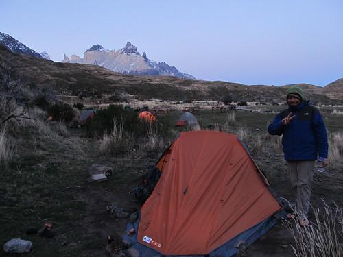 Torres del Paine: trek du W. Jour 3: tiens tiens, il y a quelques tentes en plus au camping Paine Grande... ;)