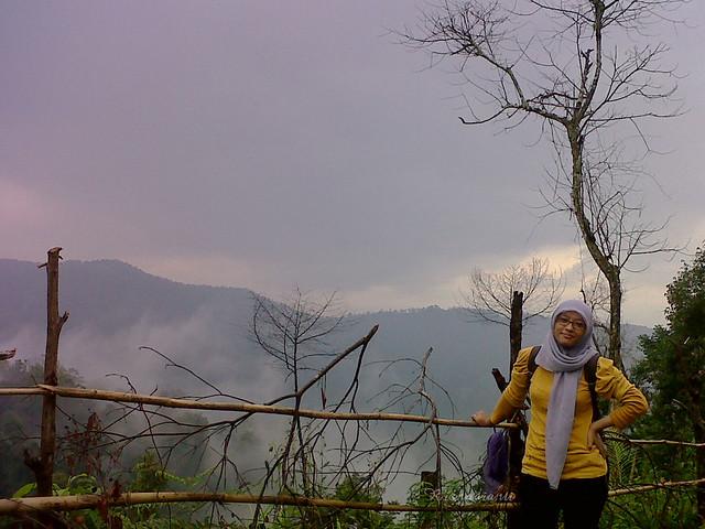 Di kaki gunung desa sirnaresmi cisolok - photo by Rizal