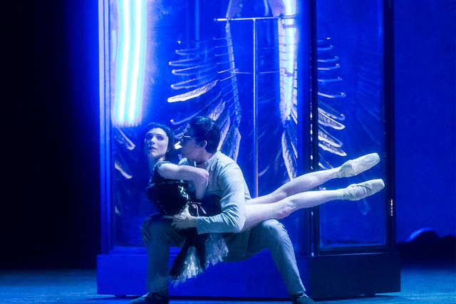 Sarah Lamb as Raven Girl and Thiago Soares as the Doctor in Raven Girl © ROH / Johan Persson 2013