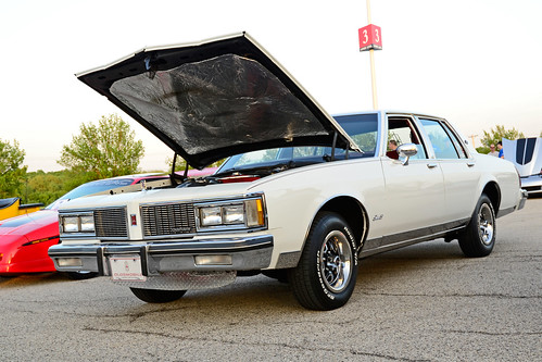 1977-85 Olds Delta 88