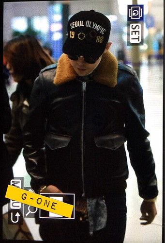 G-Dragon & TOP - Incheon Airport - 30jan2015 - G-Dragon - G-One - 03