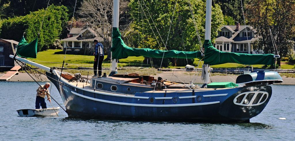 Concrete Ketch Ningning   John Lyltle manuevers his dinghy s