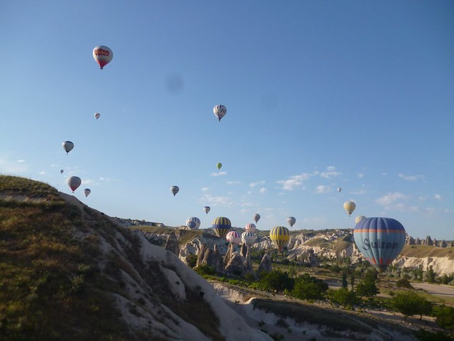 Flight of the hot air balloons-004