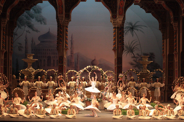 The Bolshoi's production of Le Corsaire © Damir Yusupov