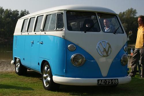 AE-73-98 Volkswagen Transporter kombi 1964