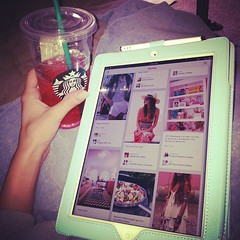 What is with this weather?! #stuckinside #pinterestaddict #sbux #lazysunday #ipad