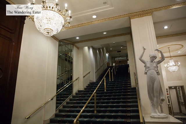 Stairway up to the lobby of the Waldorf Astoria