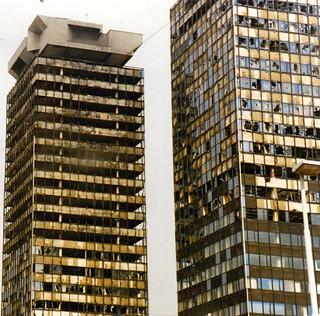 office-buildings-sarajevo-1996