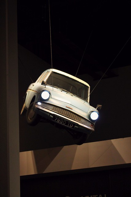 lentävä auto