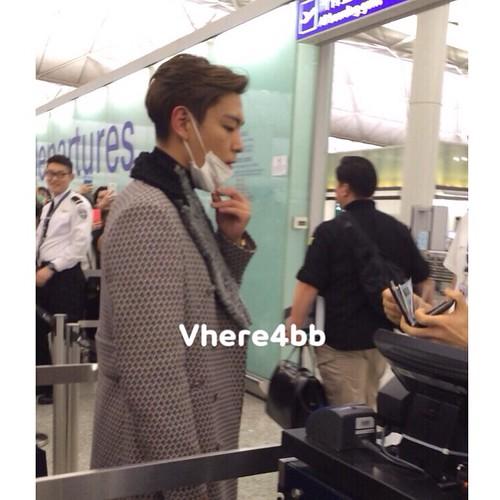 TOP - Hong Kong Airport - 15mar2015 - vhere4bb - 04