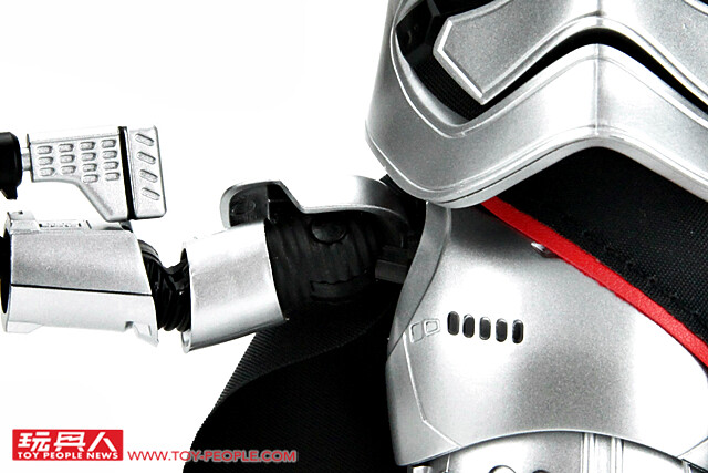 Long Live the First Order!! 野獸國 Egg Attack Action 系列【法斯瑪隊長】開箱報告