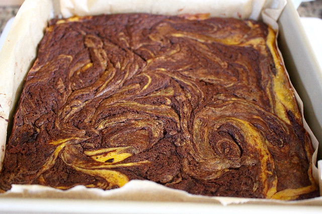 Pumpkin Swirl Cheesecake Brownies - 30