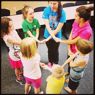 Girl Scout Friendship Circle, even brothers are invited. So awesome. #girlscouts #troop4591