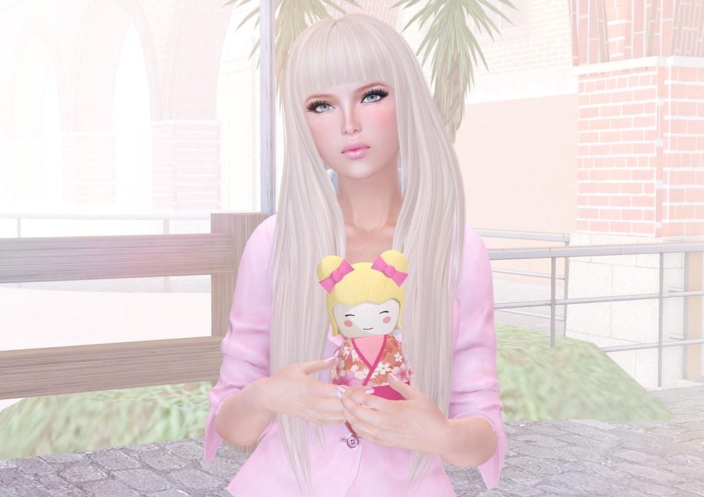 Gogolita doll!