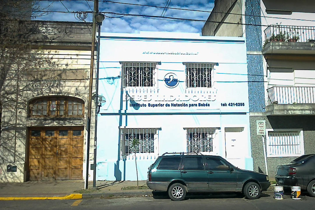 Instituto Superior de Natación para bebés 15582631279_3008d0b57d_b