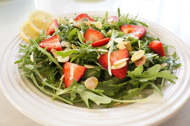 Arugula Strawberry Salad with Lemon Vinaigrette