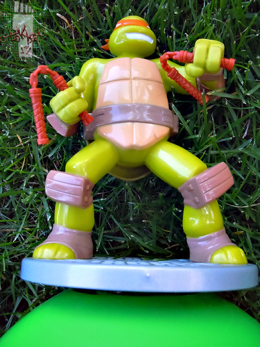 IMPERIAL TOY LLC. :: Nickelodeon TEENAGE MUTANT NINJA TURTLES :: SPRINKLER xvi (( 2013 ))