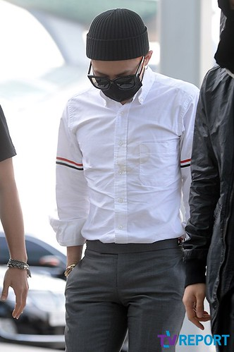 BIGBANG Incheon Airport to Shanghai Press 2015-06-19 060