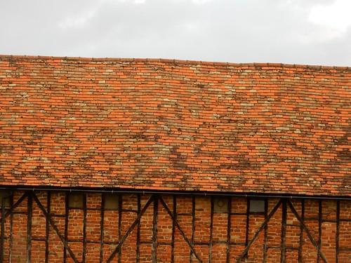 Tiles on the BArn