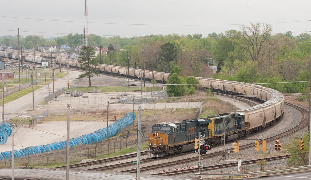 CSX 3016 Evansville IN 28 Apr 2013