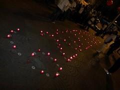 #autoexplotacion Els més de 6.200.000 persones a l´atur al´estat espanyol recordades a #salonauto per CGT Metall amb espelmes