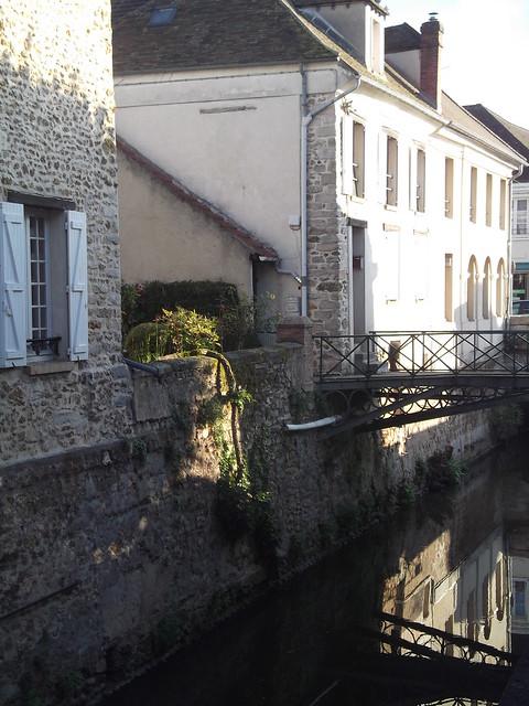 L'Orge permet la présence de jolis petits pont