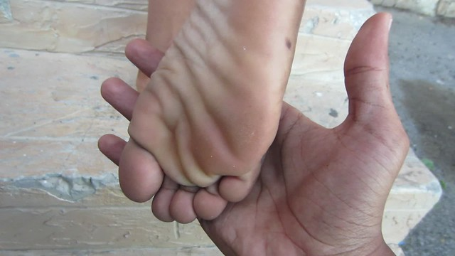 Nice color, sexy toes art soles size 9
