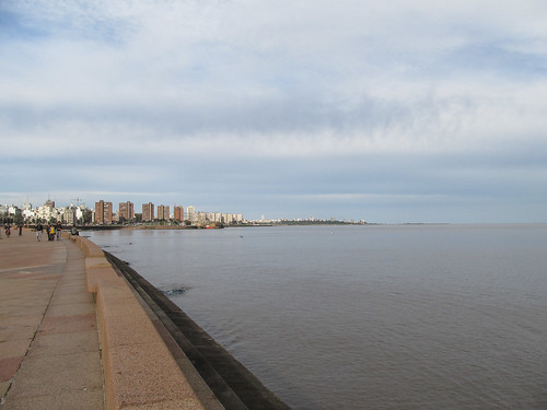 Montevideo et son remblais