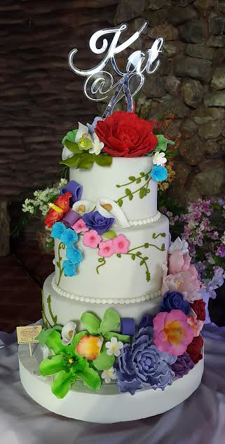 Floral Cake from Pia Vergara of Hot Oven Cakes and Cupcakes