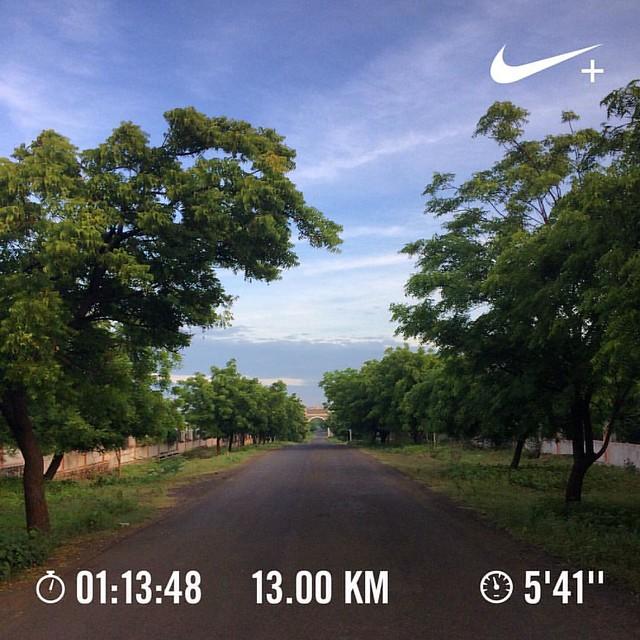 Bangalore Half Marathon 2016 training day #48. Was supposed to be a 19 km progression run but was cut short because of rains. End of training week #8. Only 4 weeks left for the race 😱 #nikeplus #nikerunning #werun2016 #werunkalaburagi #hmtraining #