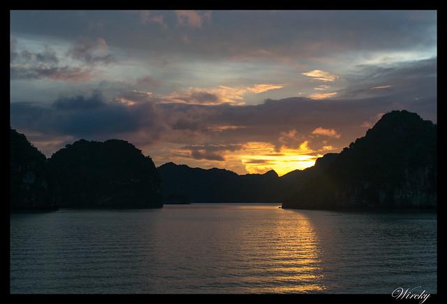 Viaje a Vietnam - Crucero por la bahía de Halong
