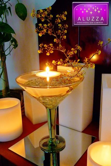 Centro de mesa de copa grande con vela flotante para for Centros de mesa con copas