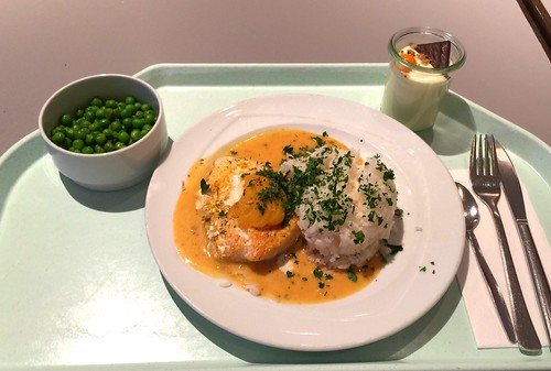 Coalfish with peach ginger sauce / Seelachsfilet im Pfirsich-Ingwer-Sud