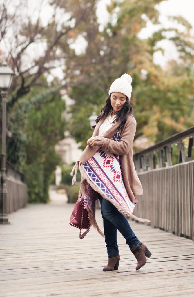 cute & little blog | petite fashion | white plum beachside bonfire aztec fringe cardigan, white pom pom beanie | fall winter fashion | maternity bumpstyle third trimester