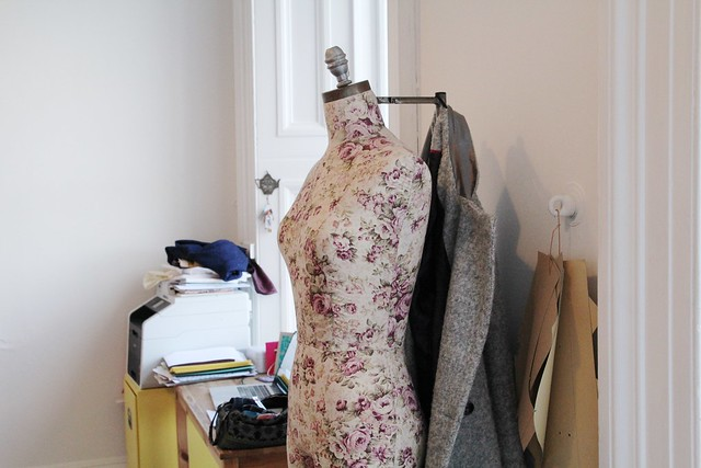 blogger sewing day at the stitchery